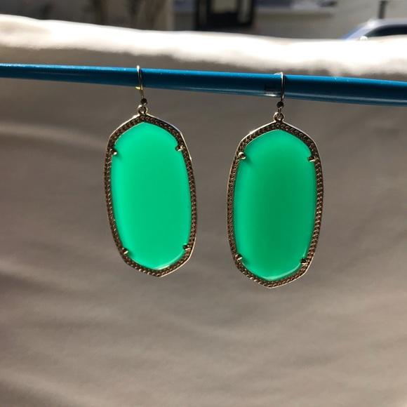 Kendra Scott Green earrings